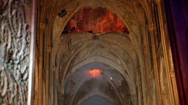 Собор Парижской Богоматери после пожара: видео, фото