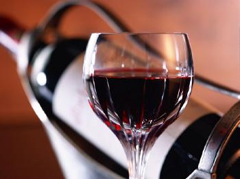 Польза красного вина для мужского здоровья