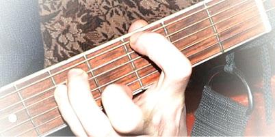 Как берется аккорд с с басом ля на 6 гитаре