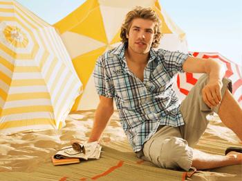 Как одеваться мужчине летом?