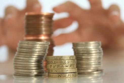 Как притянуть деньги: заговоры, амулеты, символы
