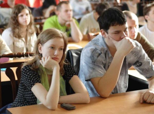 Как заработать денег студенту?
