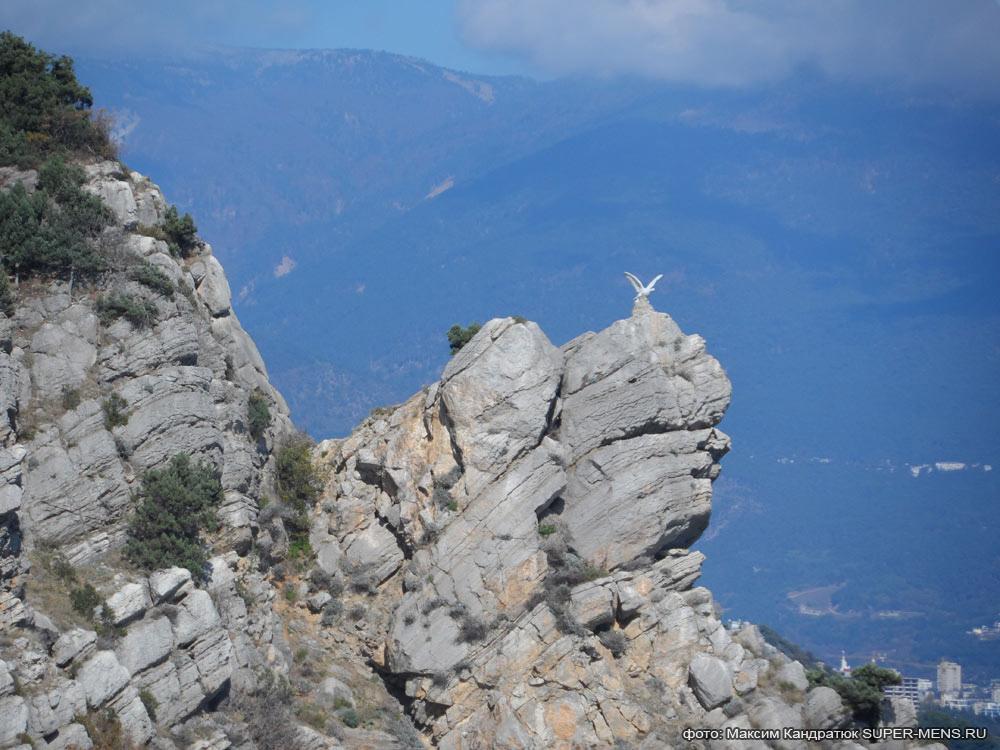 каменный орёл