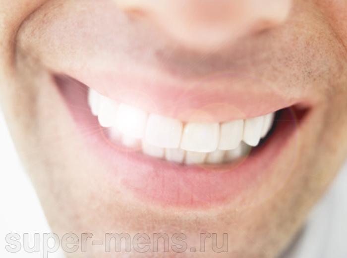 Как быстро отбелить зубы дома?
