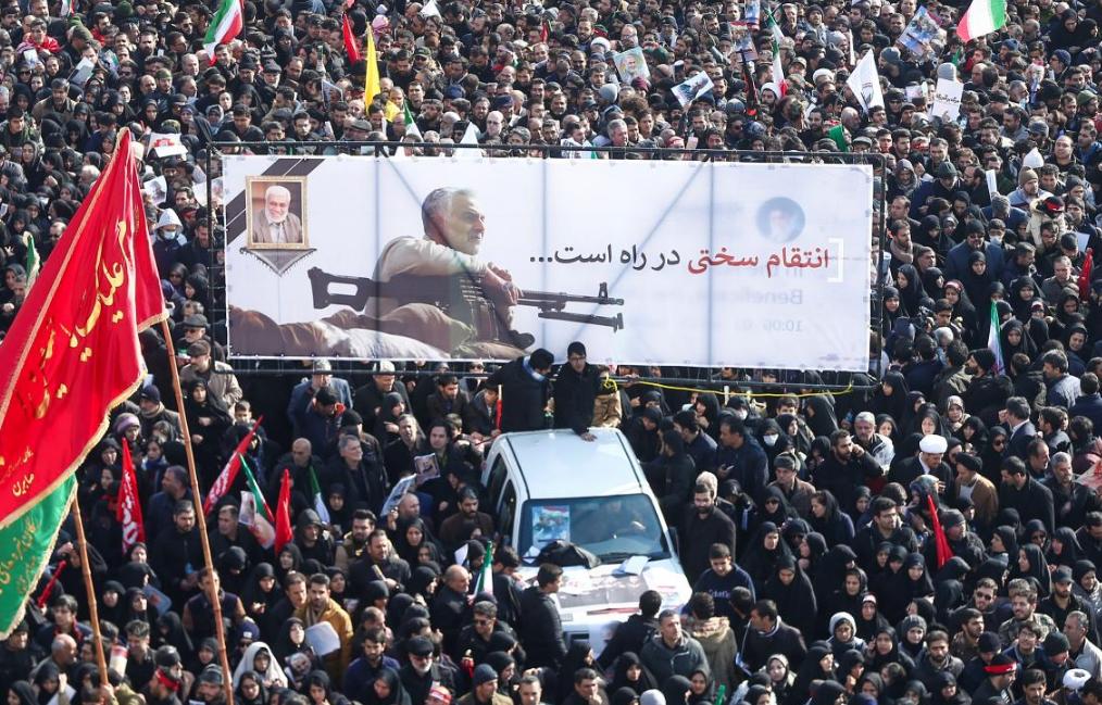 Иран нанес удар по базе США в Ираке: видео